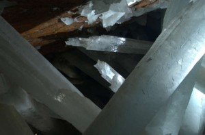"""translucent crystal stretch across a life-threateningly hot and humid chamber deep within a Mexican mountain. VIDEO: The Skinny On Cave Critters DCL In 2000, the so-called """"Cave of Crystals"""" was discovered after the chamber had been pumped free of its waters for mining operations. (The chamber was actually drained in 1975, but remained unexplored until 2000.) Without the mineral-rich waters to provide material for the crystals, their growth is on hold."""